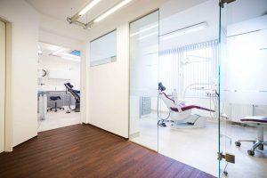 Die Behandlungsraueme in der Zahnarztpraxis Dr. Levering