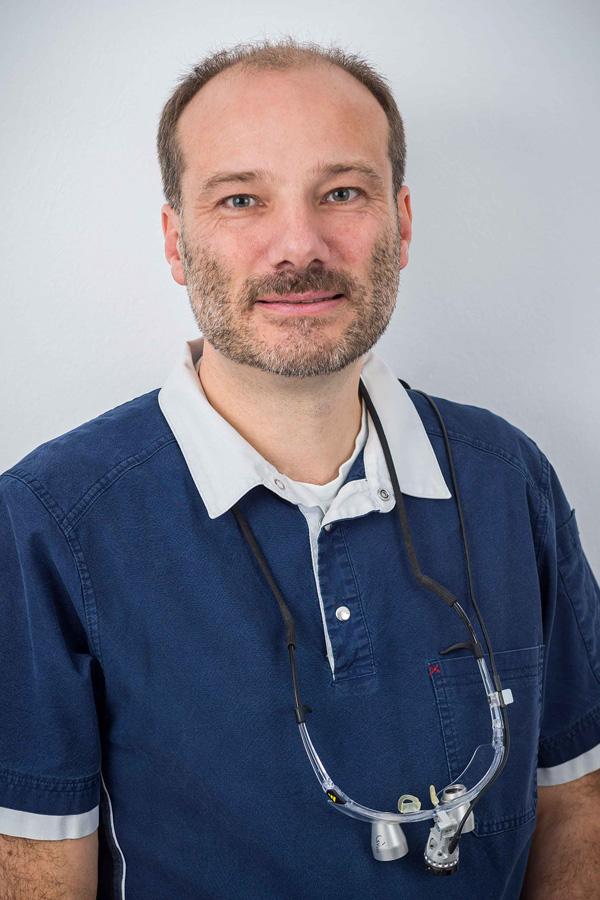 Zahnarzt Dr. Levering aus Bad Schwartau